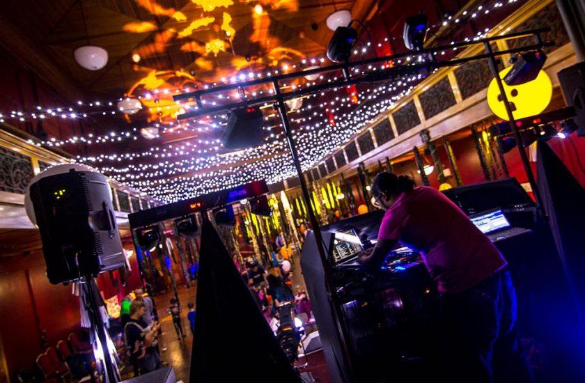 DJ Hire for Proms & Discos